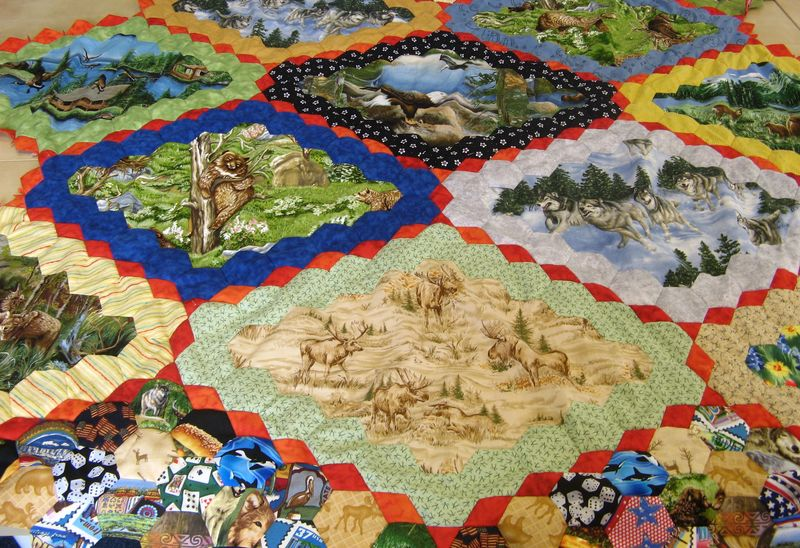 Lesley hexagon quilt